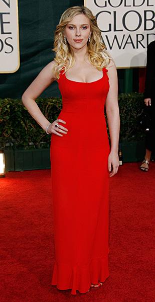Scarlett Johansson crvena haljina