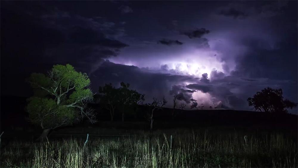 carobno-nebo-noc